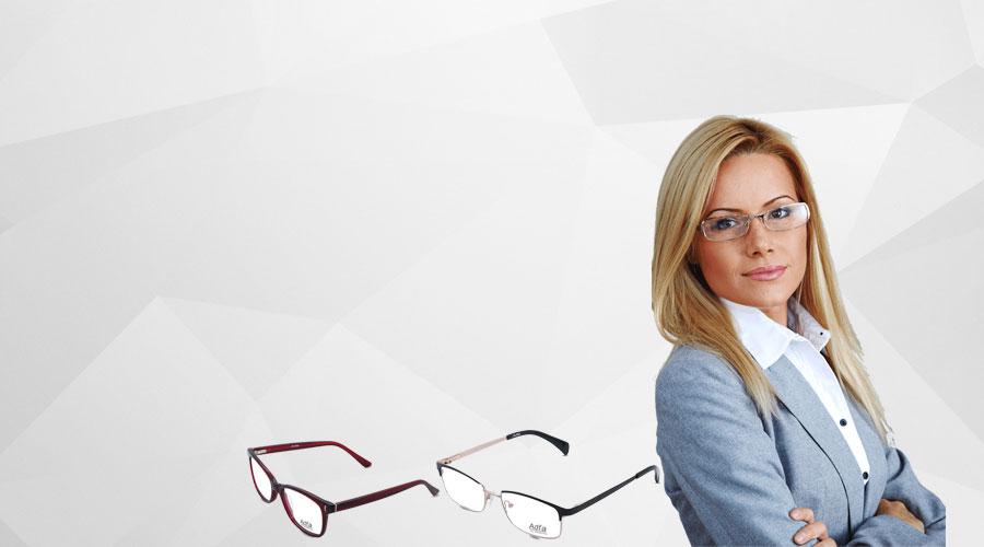 Flat sale 40% on women glasses